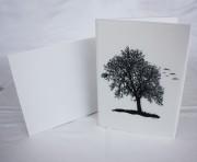 Scherenschnitt Karte: Der Baum